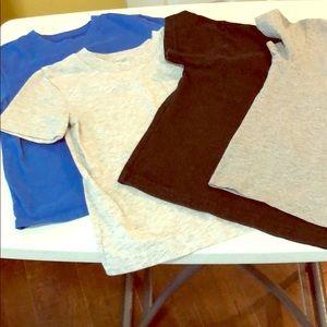 Lot of 4 plain cotton t-shirts